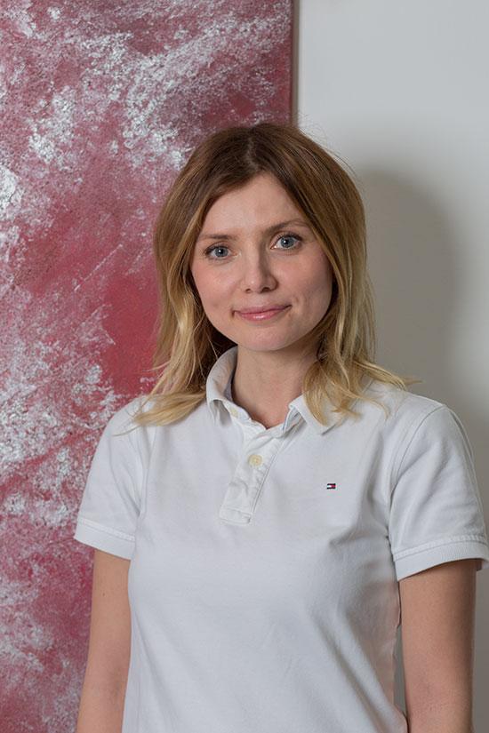 Zahnärztin Olga Bindewald – Zahnarztpraxis Grychtol – Ihr Zahnärzte in der Ostenallee 80 in Hamm.
